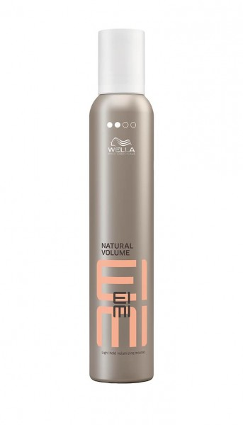 Wella EIMI Natural Volume Mousse strong, 300ml